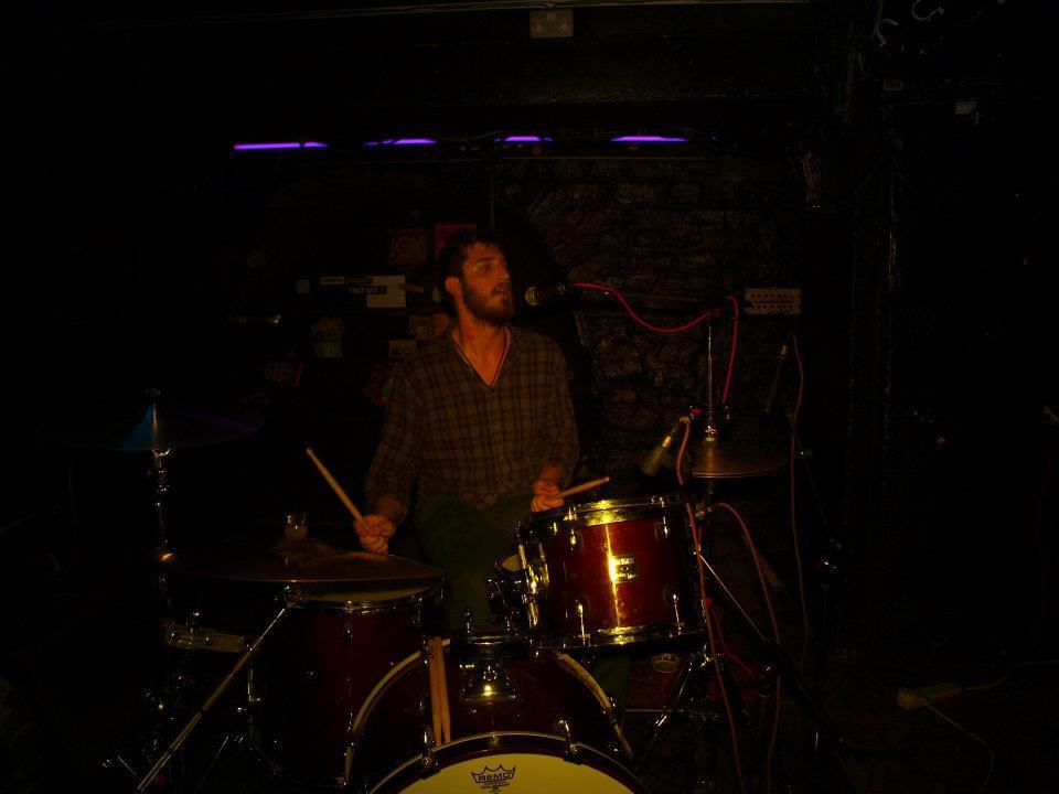 14242 || 3109 || Vintage Drummer ||  || 5780