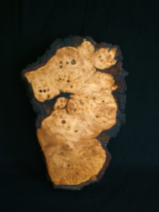 Burr oak box. by Sue Burbidge