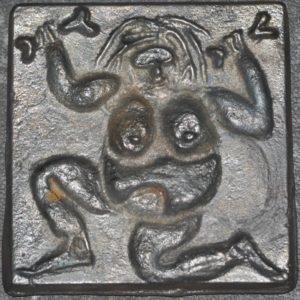 LA LOBA (cast iron) by Bibo Weber