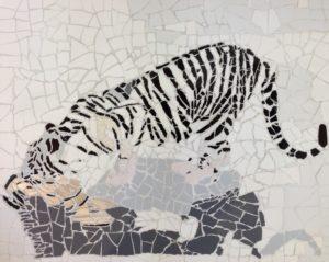Tiger Drinking by Dee  Walker
