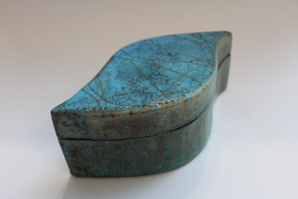 Teardrop raku box by sian mather