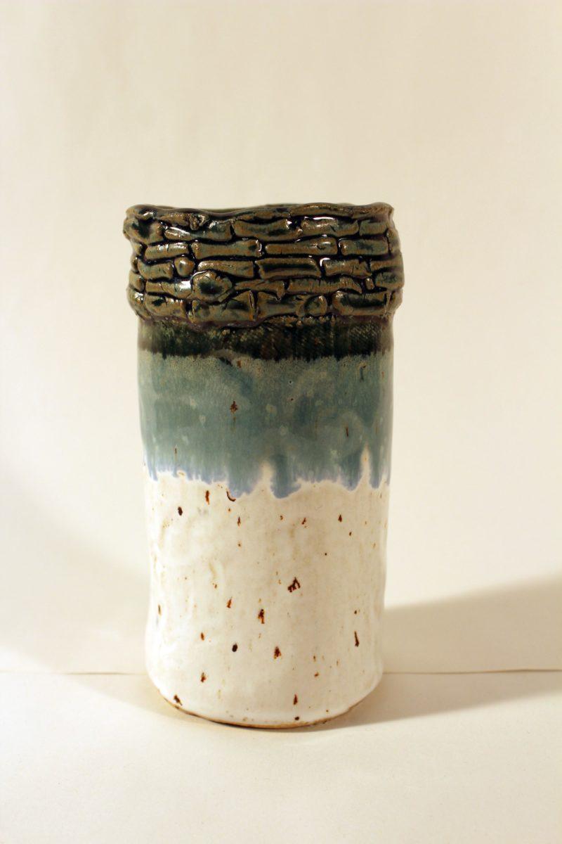 37587 || 5652 || Untitled Vase 1